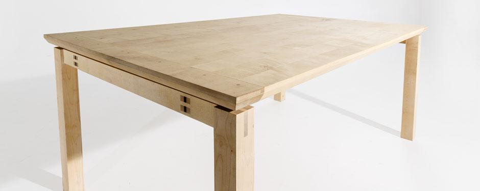 houten-tafel-esdoorn-noten-v4